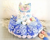 Cat Pincushion 5 inches, French Blue and White, Decor Fabric and Cotton Fabric, Primitive Cloth Doll Decoration Soft Sculpture Folk Art