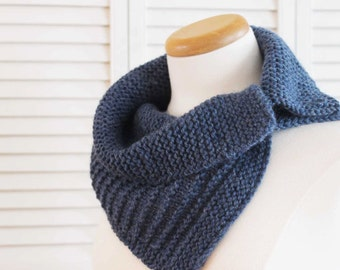 Knitting Pattern Cowl, Blue, Denim, Wool