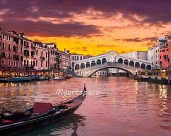 Sunset Venice print, Purple sunset over Rialto bridge,  Canals of Venice, romantic Venice architecture