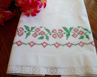 Single Embroidered Pillowcase Floral Embroidery Crochet Lace Trim