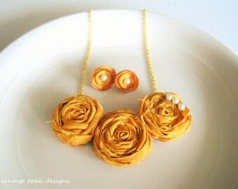 Gold Rosette Statement Necklace, Bib Necklace,Rosette Necklace, Rosette Statement Necklace,Bridesmaid Necklaces,Choose YOUR COLORS, Bridal