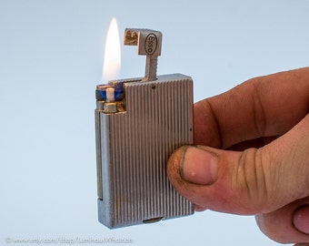 Working 1940s British Parker Roller Beacon Model 19 Pocket Lighter with Esso Advertising (Dunhill)
