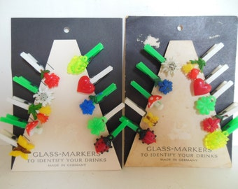 Vintage Wine Charms German Clips Plastic Fruit Flowers Green Red Yellow 50s (item 12)