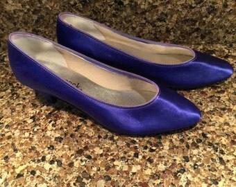 Vintage Pump Shoes, size 8