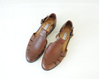 Vintage Partners Brown Leather Flat Sandals, Womens 6 / ITEM021