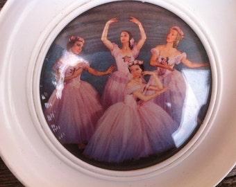 Lovely 1950s ballerina print.