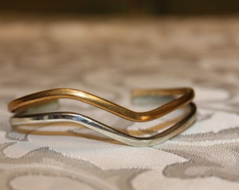 Sergio Lub California Cuff Wave Bracelet