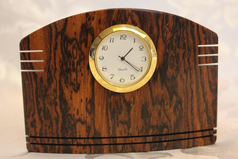 Small desk clock wood