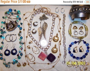 20 OFF EVERYTHING Vintage Jewelry (Lot 100). Med. and Small.