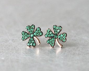 Rose Gold 4 Leaf Clover Earrings Stud Emerald Green in Sterling Silver