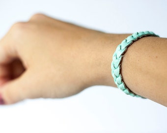 Braided Leather Bracelet / Ice Blue