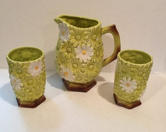 Vintage Norcrest China Pitcher and 2 Cups Daisies Yellow with White Daisies Footed