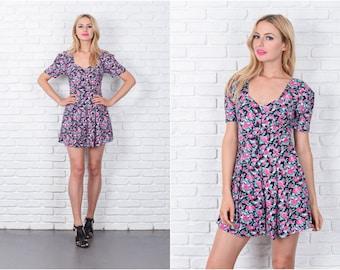 Vintage 80s 90s Pink + Black Retro romper Short Sleeve Floral Rose Print XS 7495