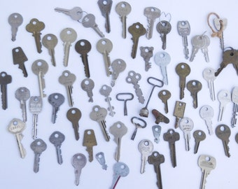 Lot Vintage Keys Art & Craft Supplies