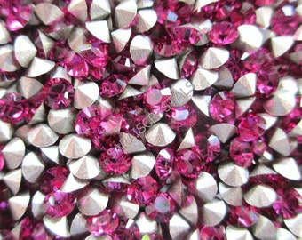 50 pcs Swarovski Crystal Rhinestones Pointed Back Chatons Fuchsia 24pp (ss12) 3.0 - 3.2mm 1028 Xilion pp24