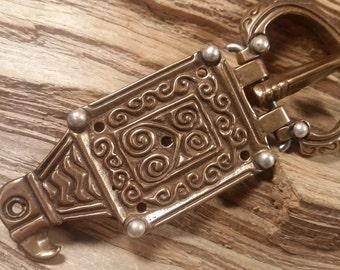 03.118.BZ/SV   Ostrogothic Raven buckle  viking era. bronze and Silver
