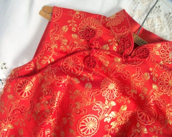 Floor length Dress ~ Satin ~ Vintage RED and Gold ~ Side Slits ~ Silk Lined ~ Boho Chic ~ Asian ~ Chinese ~ Mandarin Collar ~ Sleeveless
