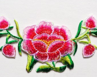 Embroidered Flower Applique Iron On Patches