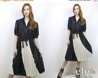 Vintage 70s Black + White Accordion Pleated Day Dress L XL Secretary Dress Pleated Dress Black and White Dress Puff Sleeve Dress