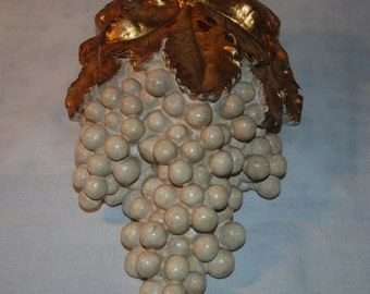 French Country Grapes and Leaves Plaster Chalkware Wall Pocket