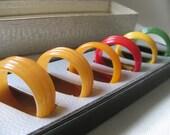 Vintage Set of 6 Bakelite Napkin Rings