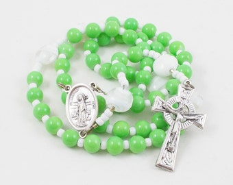 Saint Patrick Rosary, Lime Green & White Wire Flexwire Rosary - St Patrick Center, Celtic Crucifix - Irish Blessing - Christmas Gift