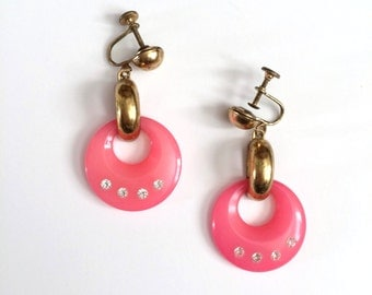 Vintage Bubblegum Pink Thermoset Plastic Screw Back Earrings with Rhinestones
