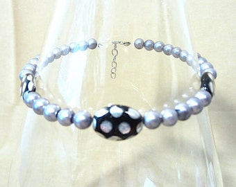 Silver Pearl Anklet w/ Black Oval Disc Polka Dot Accent Beads, Colored Pearl Handmade Ankle Bracelet, Fun Whimsical Beach Wear Gift for Her
