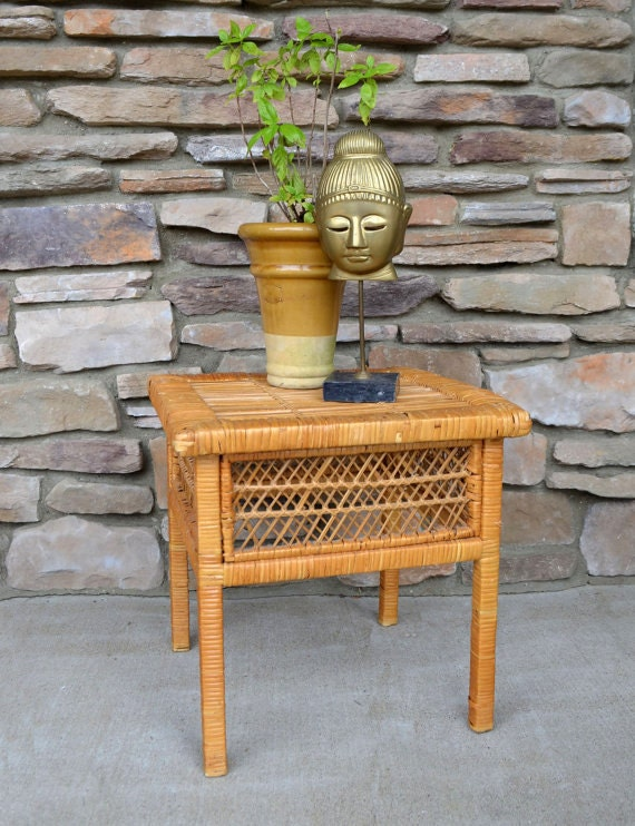 Vintage Wicker Table 80 39 S Small Side Table Patio Table