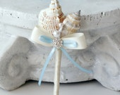 Boutonniere for beach wedding. Seashells boutonniere. Blue and beige boutonniere