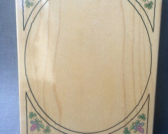 Stamps Happen 80039 Oval Clover Frame Rubber Stamp