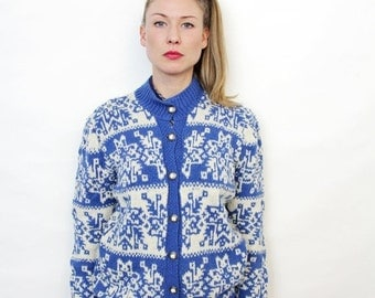 ON SALE Vintage Blue and White Nordic Pattern Hand Knit Cardigan Sweater