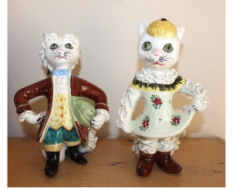 Mid century Italian hand painted spaghetti cat pair. Genrleman and lady cats. Italian pottery cats 18th century style