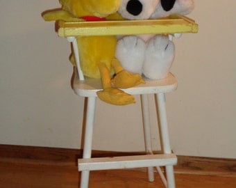 Vintage Doll Sized High Chair in the original painted finish in Vintage condition, does not include Snoopy or Woodstock Stuffed Animals