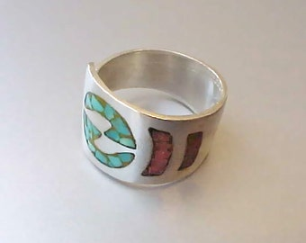 Handsome Sterling Silver Ring Inlaid with Turquoise and Coral Mosaics