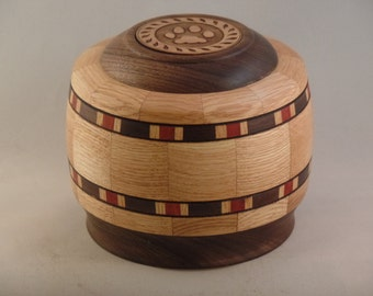 Red Oak Pet Urn # R704-33