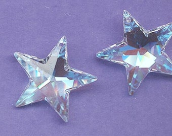 One dazzling and scrumptious Swarovski strass star pendant - awesome color blue AB (glacier blue) - Art 8815 - 28 mm