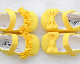 Yellow baby girl shoes with RUFFLES or BOWS, vibrant yellow baby outfit, Easter shoes, yellow baby shower gift, 1st birthday girl outfit