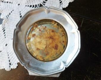 Resin Pewter Napkin Holder, Colorflo Dried Flower Napkin Holder