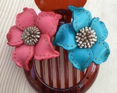 Toni's two tone leather flower comb hair clip - holiday fun colors