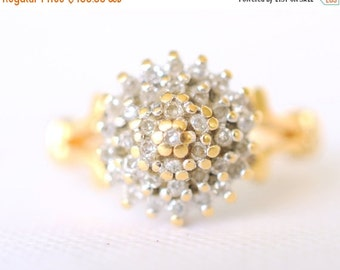 SALE /// 1970's vintage / 0.25 carat diamond engagement ring / solid 18K yellow gold ring / wedding ring