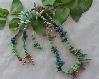 29 Inch Southwestern Green Turquoise and Smokey Quartz Stick Bead Necklace with Earrings