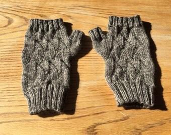 Women's Qiviut Fingerless Gloves