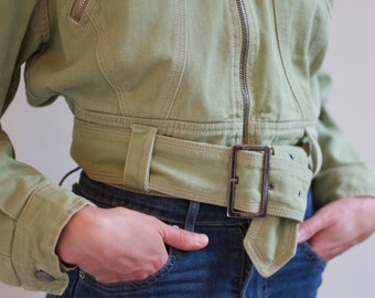 Cropped olive green denim jacket size M with wide shoulders