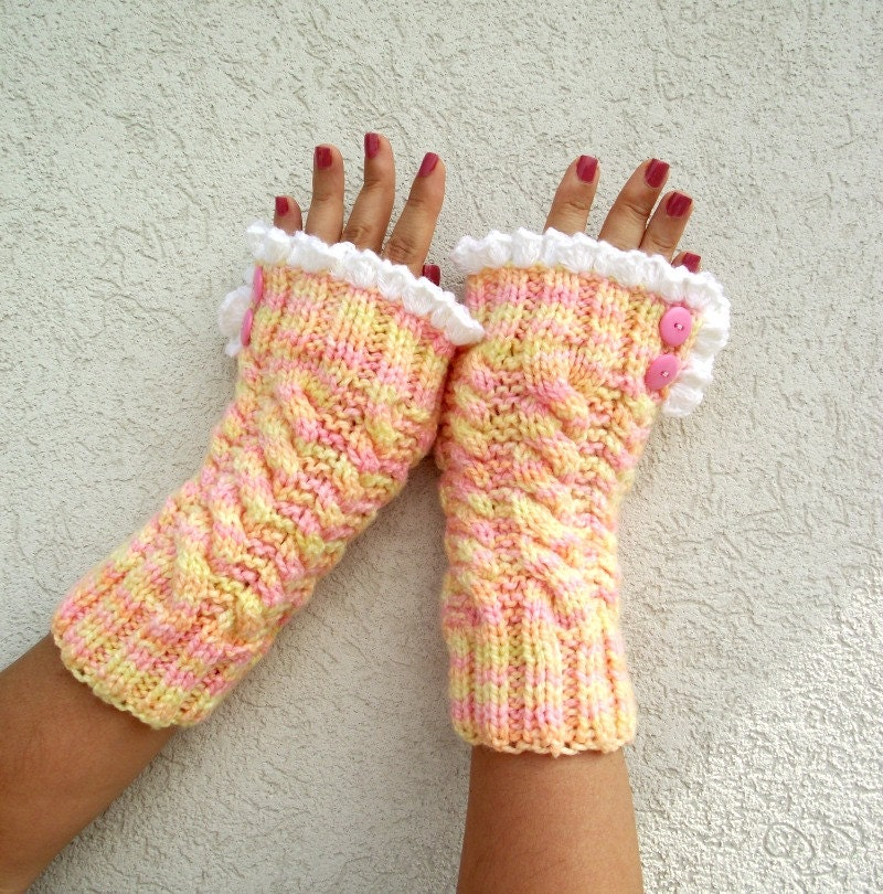 Lace Mittens Knitting Pattern : KNITTING PATTERN Mittens with Lace Fingerless Gloves Grace