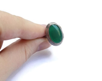 Vintage Locket Ring- Green Agate & Sterling Silver