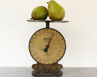 Vintage Parcel Weighing Scales.....Kitchen Weighing Scales.....Shabby Chic.....Nordic Living