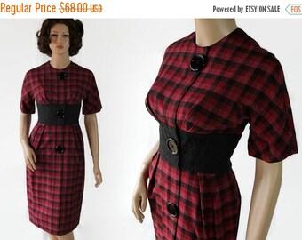 On Sale 50s 60s Wiggle Dress / Mad Men / Stix Baer & Fuller / Plaid