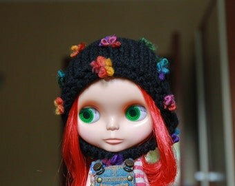 "Knitted hat for Blythe ""Winter flowers"""