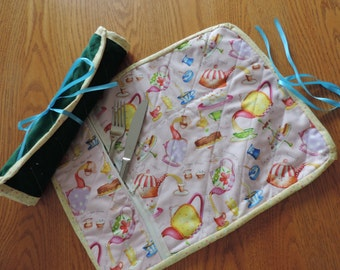 Table cloth rolled placemat with utencil pocket for lunch